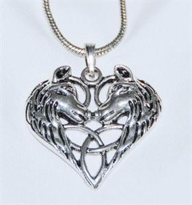 This necklace has a beautiful design.
