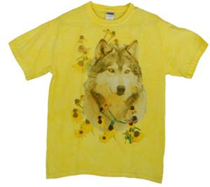 Great color on this Wolf T Shirt