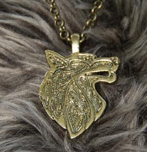 "This Wolf necklace has a long 24"" chain."