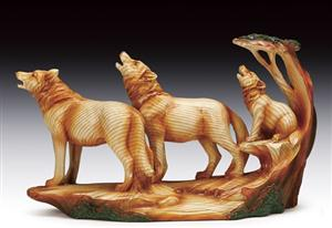 What a beautiful wood look Wolf Figurine!