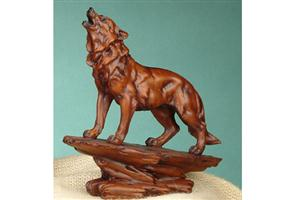 New faux wood wolf figurine.