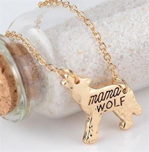 This a cute gift for a Mother who loves Wolves.