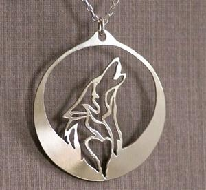 We love the simplicity of this new Wolf Necklace.