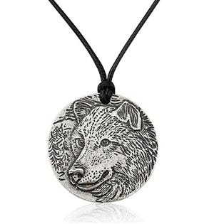 New and very beautiful Wolf Necklace.