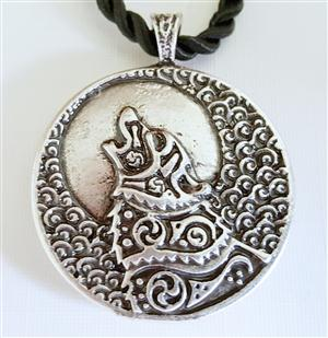 The Wolf design is on both sides of this necklace.