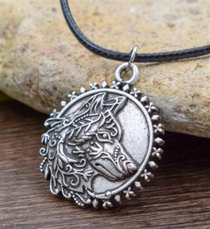 New for 2019 and beautifully designed pendant Wolf necklace.