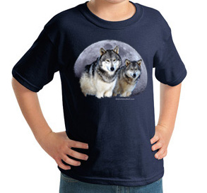 Wonderful colors on this Childs Wolf t shirt