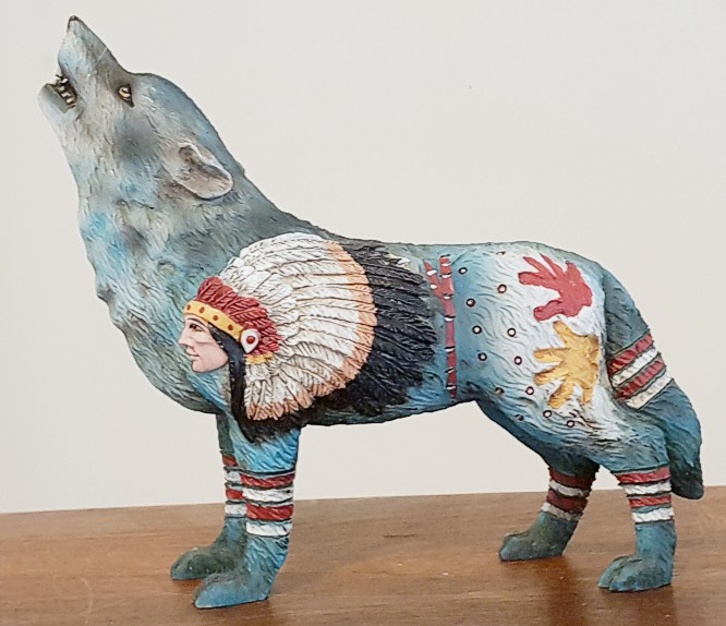 Chief-Wolf-Figurine-2.jpg