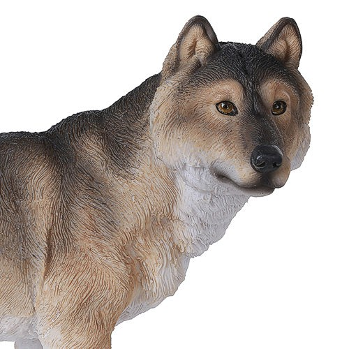timber-wolf-figurine-2.jpg