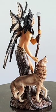 protectors-of-the-forest-wolf-figurine-2.jpg