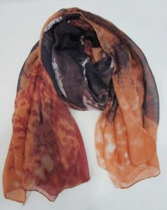 wolf-scarf-brown-2.jpg